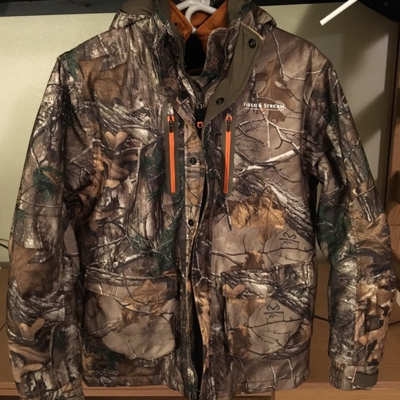 cb1fb9936ec7b Field & Stream Other - Youth Field and Stream Camo Hunting Jacket & Vest